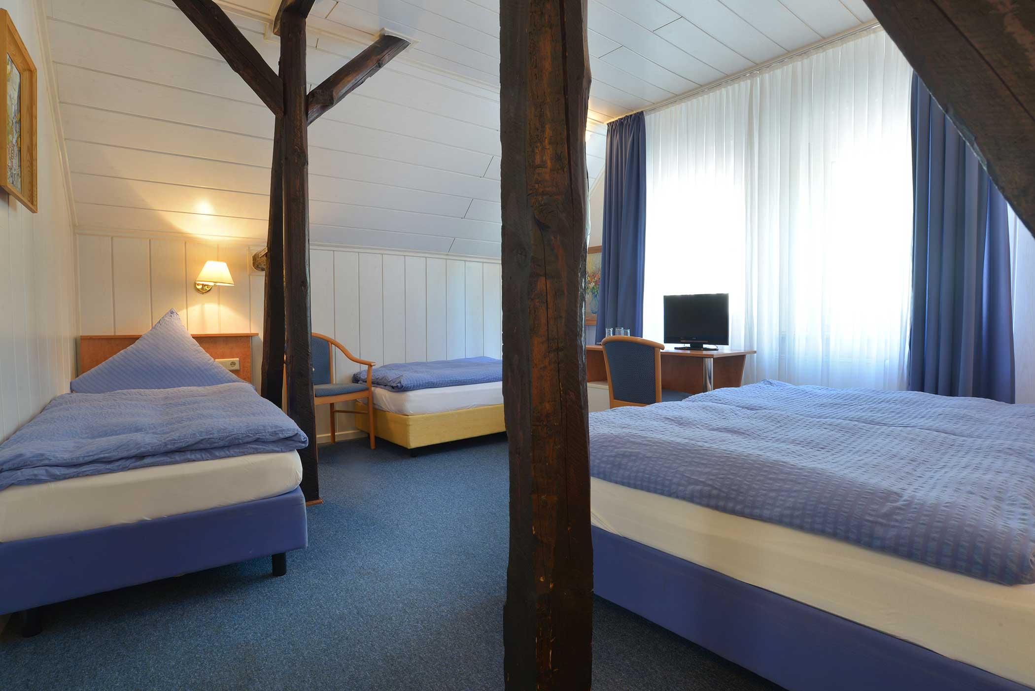 Multi-bed room Hotel Zehnthof in Cochem